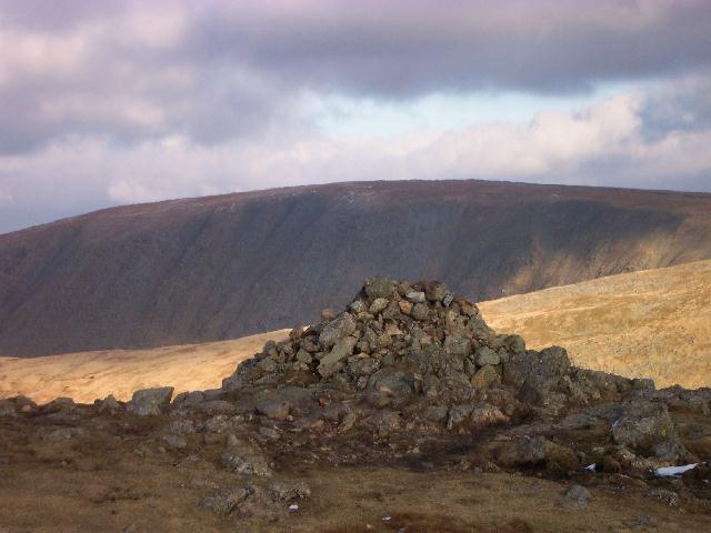 Stoney Cove Pike, Caudale Moor's summit