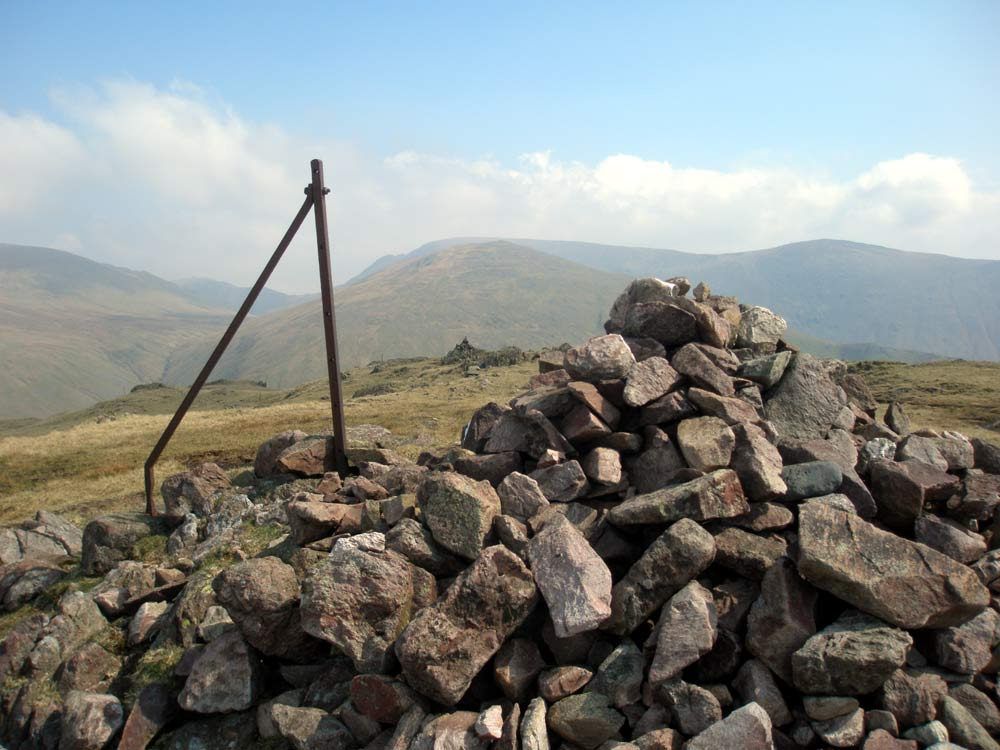 Steel Fell summit looking back to the eastern cairn